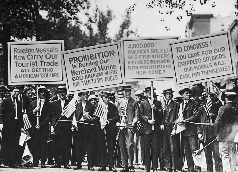 1900 1930 labor movement essay Free essay on american labor movement: development of unions available totally free at echeatcom, the largest free essay community.
