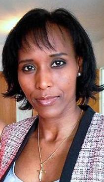 Det är vårt eget ansvar som individer att anpassa oss, informera och lära oss om den nya kulturen vi kommit till, säger Mona Walter, f.d. muslim från Somalia.