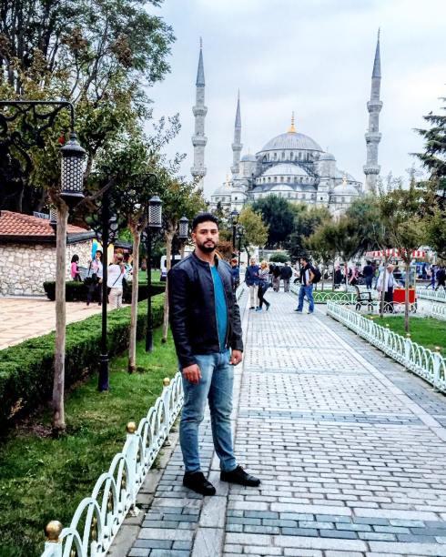 Bland Istanbuls moskéer för nio veckor sedan