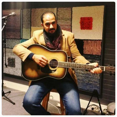 På spelhumör i Stockholm var Omar för 5 veckor sedan