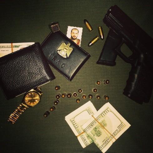 Dollar, kulor, klocka och pistol visade Omar upp för 55 veckor sedan