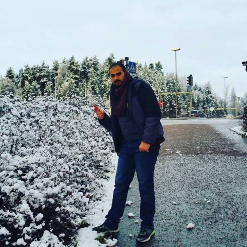 För 7 veckor sedan studerades snöiga buskar i Finland