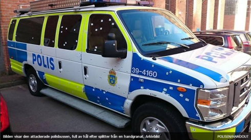 polisbil granatattack