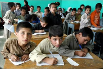 afghan-children-at-school
