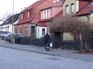zigenartiggerska i Malmö på väg till Mobilia den 27/12