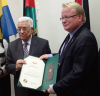 Peter Hultqvist (S) med palestinsk förtjänstorden.CLAUDIO BRESCIANI/T