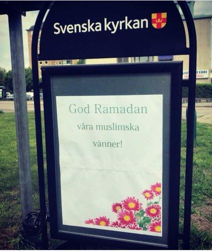 Svenska man kor som gudar tror de